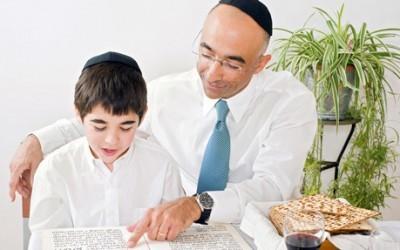 The parent-child bond at the Seder